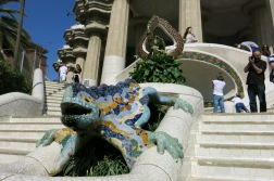the most popular spot in park guell - el drac