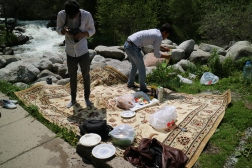 Several Pakistani guy who was currently working in Kazakhstan invited us to join their picnic on our way back